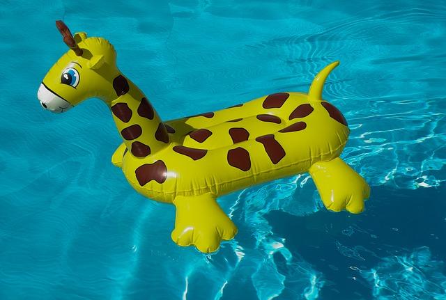 nafukovací žirafa